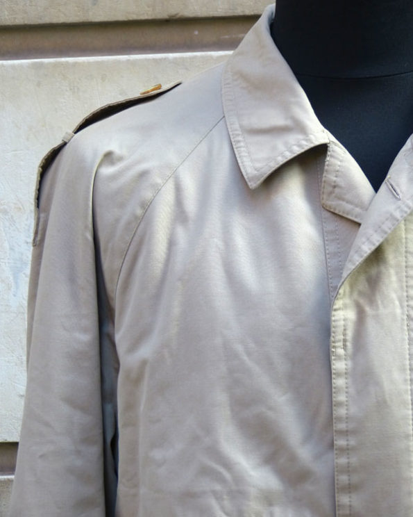 Trench 80's con forro interior acolchado 1980s Quilt Lined Trench Coat by Caypre