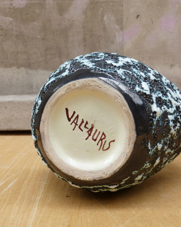 Jarrón - jarra de cerámica Vallauris en técnica Lava Mid Century Fat Lava Vallauris Vase