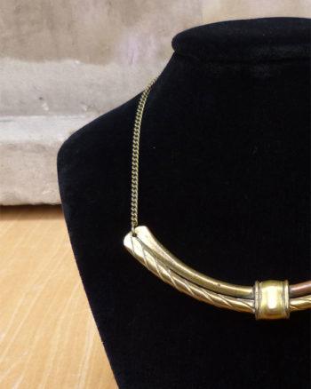 Gargantilla artesanal 70's de latón y cobre 1970s Handmade Short Brass and Copper Necklace